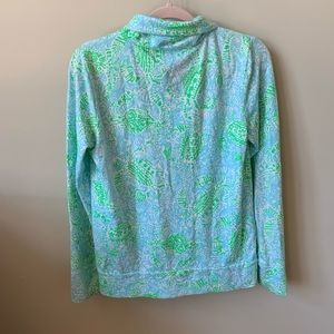 Lilly Pulitzer Tops - lilly pulitzer crab get crackin Reagan zip up 1486